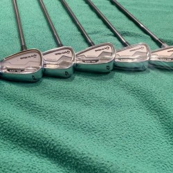 *Very Good Condition* Taylormade SLDR Iron Set (5-9, PW, AW)